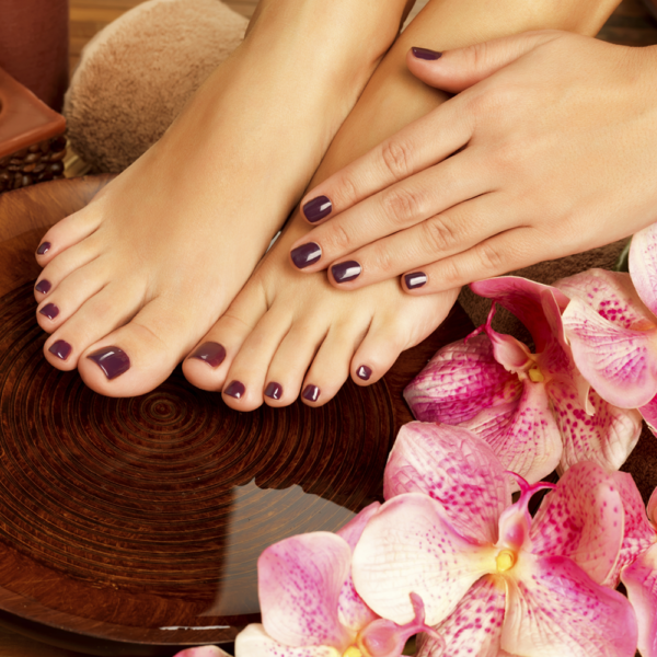 Express-Manicure-Pedicure